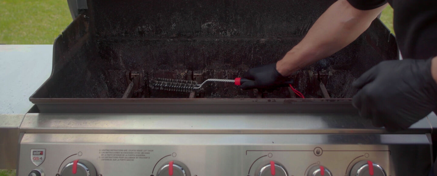 How to Deep Clean<br>Your Gas Grill