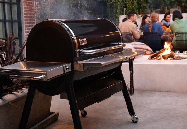SmokeFire EX6 Wood Pellet Grill