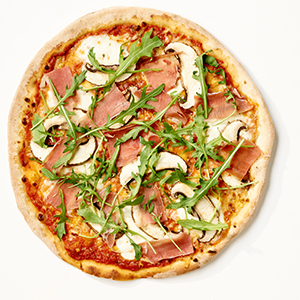 weber-pizza_paa_grill-PM-LYS_03-13.jpg