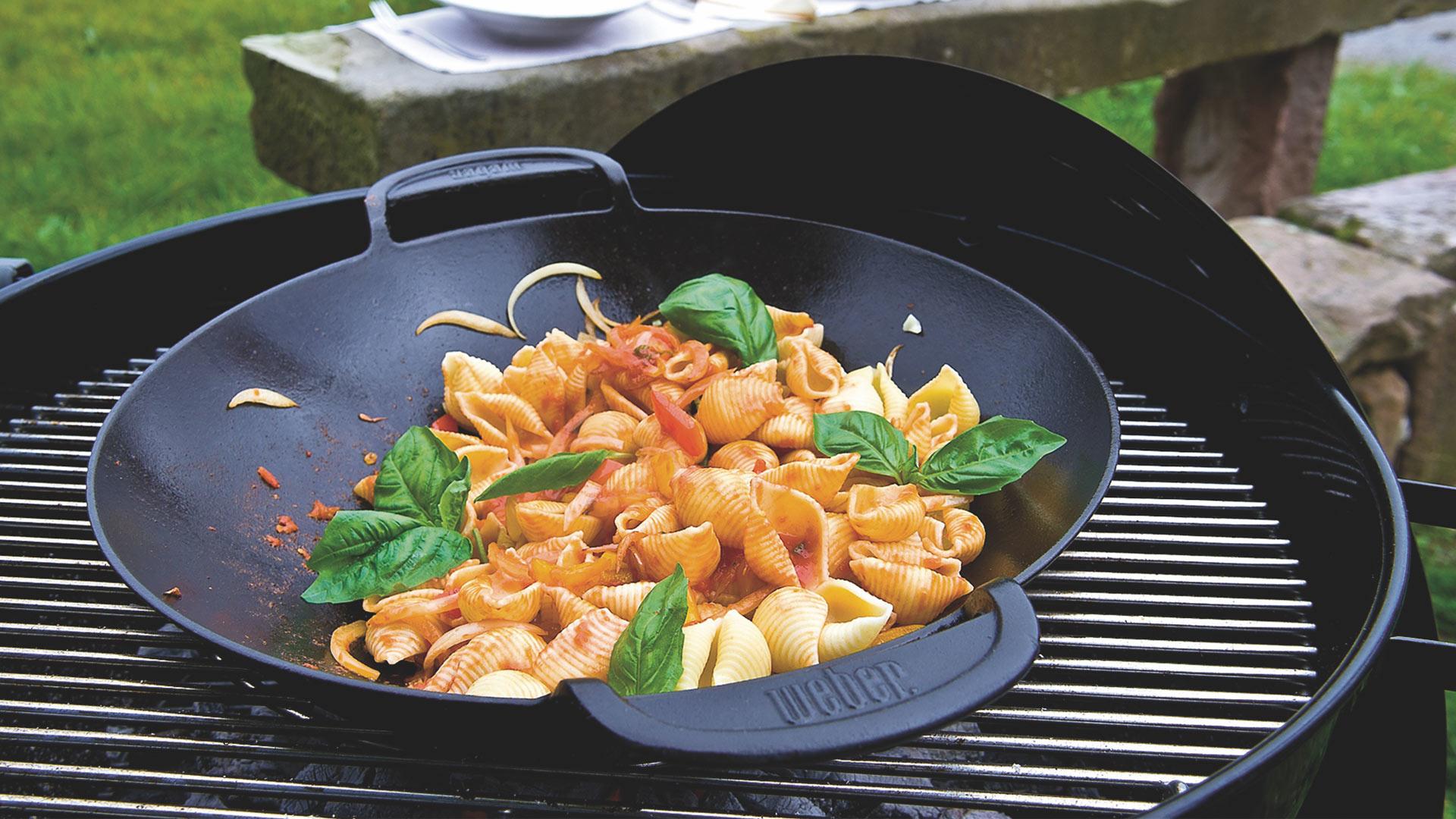 Flammkuchen Weber Holzkohlegrill : Basic weber grill academy